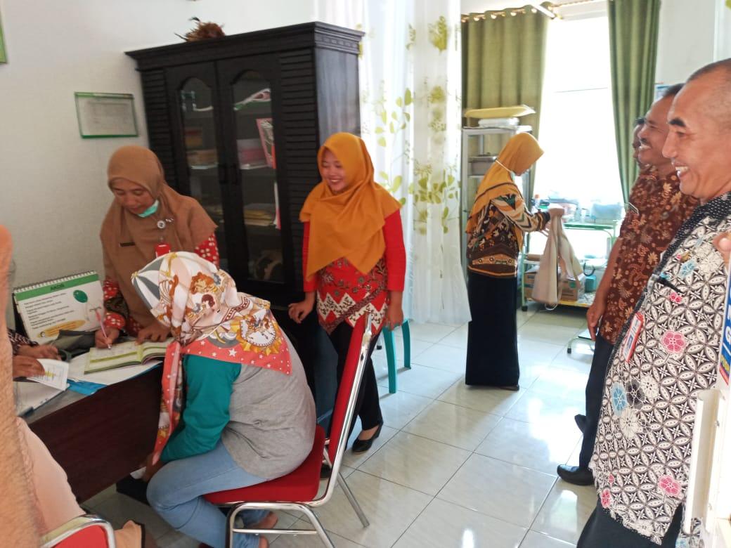 Pelayanan KB Wliayah Khusus/Terpencil Tingkat Kabupaten Di Kecamatan Tempursari